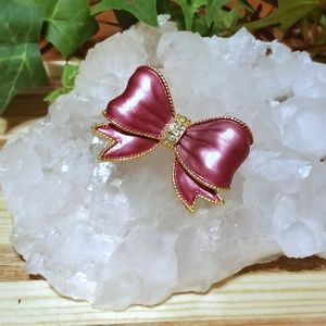 Jewelry - Burgandy Bow Pin
